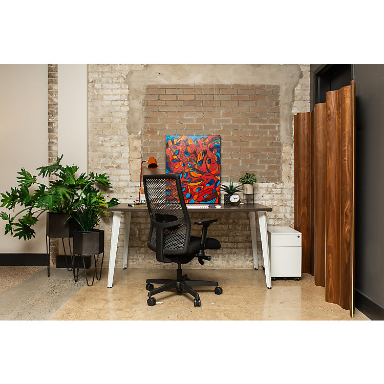 The Smarter Office Cadence desk chair