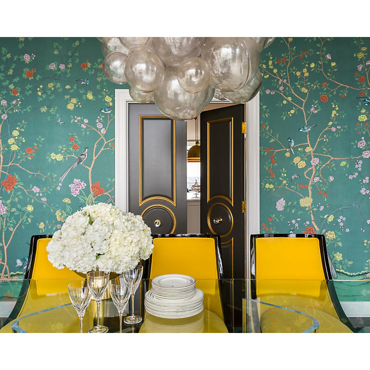 floral wall paper in style this summer
