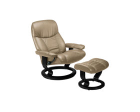 Recliners + Lounge Chairs