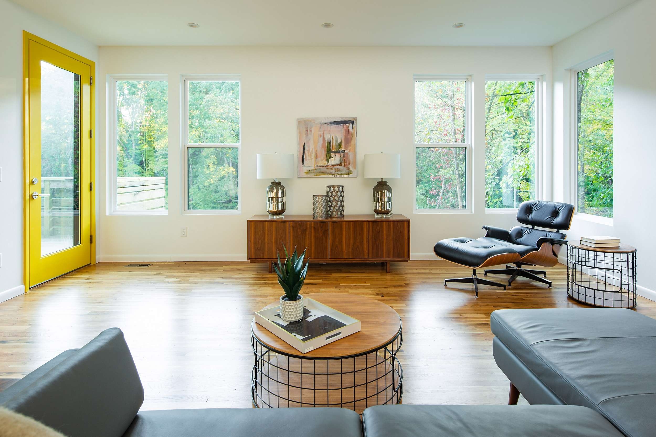 Eames Lounge Chair Living Room home staging: pine breeze | blog | smart furniture