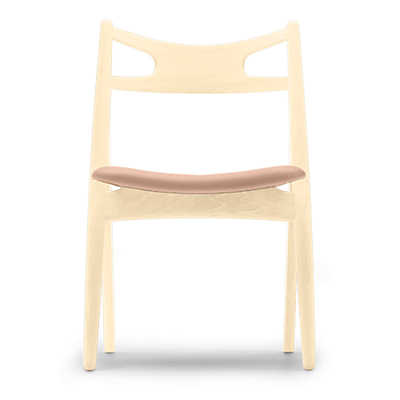 Picture of Hans Wegner Sawbuck Chair by Carl Hansen