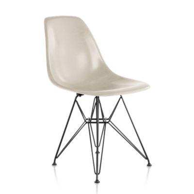 Herman Miller Eames Molded Fiberglass Side Chair Wire Base