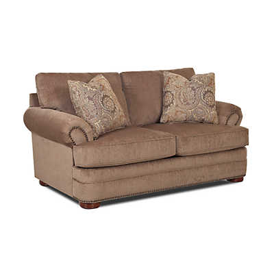 Picture of Fairbury Loveseat by Klaussner