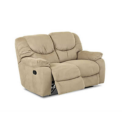 Picture of Winslow Reclining Loveseat by Klaussner