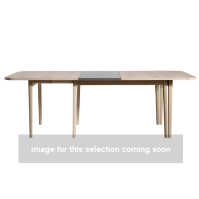 SKSM28-OAKOILTOP_OAKOILLEGS-NOLEAVES: Customized Item of NEO SM 28 Dining Table by Skovby (SKSM28)