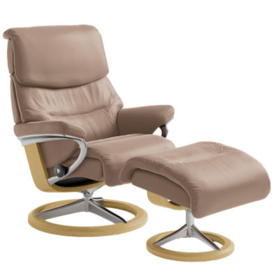 Picture of Stressless Capri Chair Medium with Signature Base by Ekornes