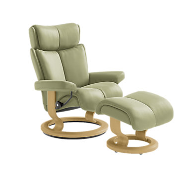 STMAGICLCO-SP-WALNUT-BATICK BURGUNDY: Customized Item of Stressless Magic Chair Large with Classic Base by Ekornes (STMAGICLCO)