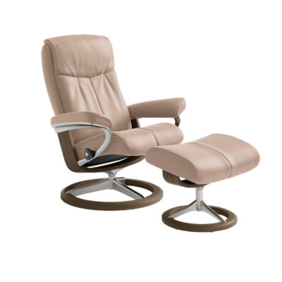 Picture of Stressless Peace Chair Medium with Signature Base by Ekornes