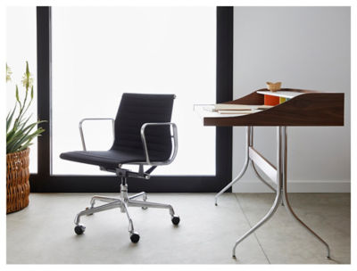 On Sale. Picture Of Eames Aluminum Management Chair By Herman Miller